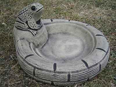 Frog Stone Bird Bath