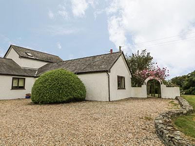 Little Gwaelod, Caergeiliog, Anglesey