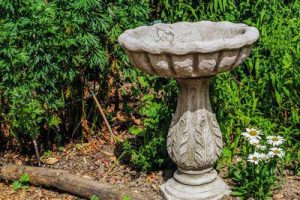 Leaf Stone Bird Bath