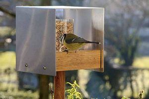 Modern Bird Table